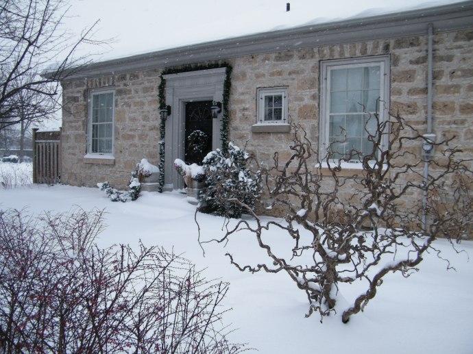 December snowstorm & new locker 001